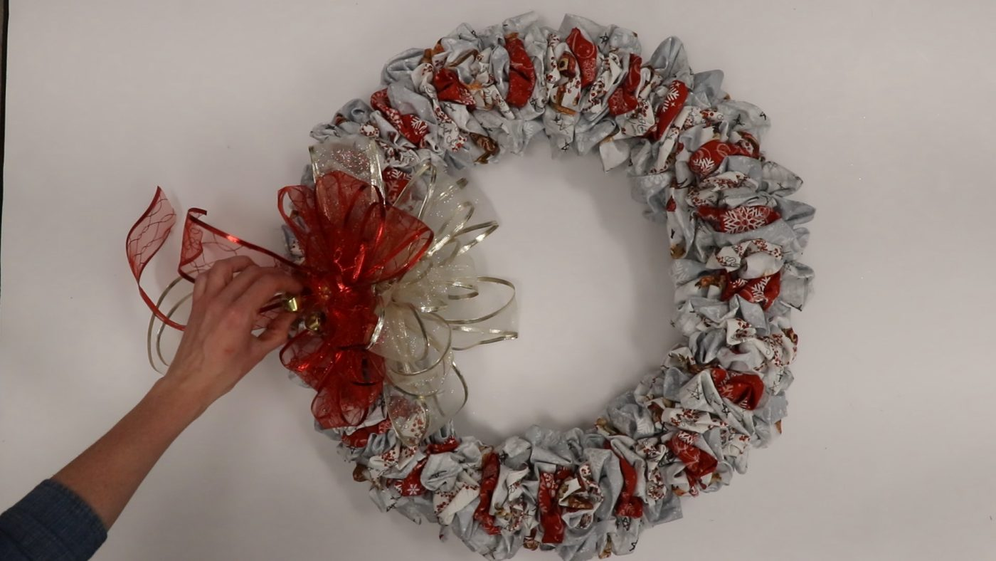 Christmas Wreath - Step 9